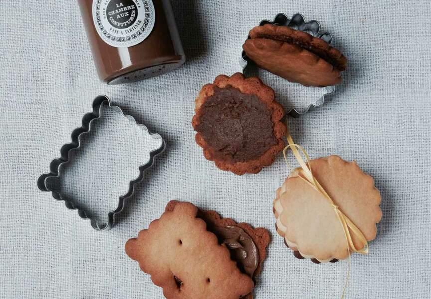 Biscuits fourrés style choco BN