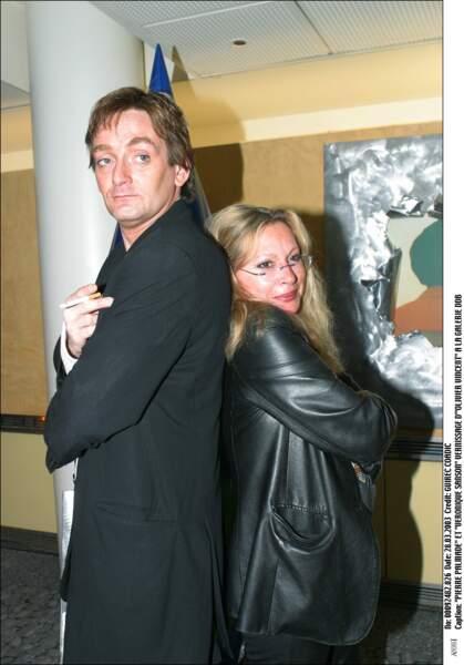Véronique Sanson et Pierre Palmade au vernissage d'Olivier Vincent le 28 mars 2003.