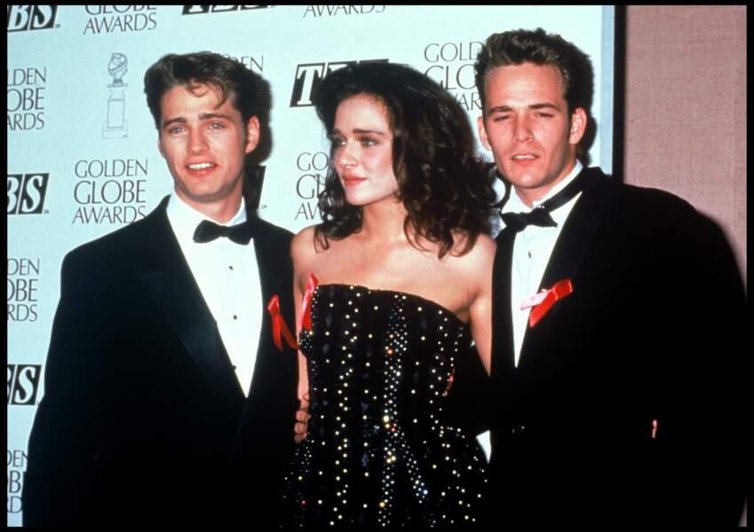Jason Priestley, Valeria Golino et Luke Perry aux Golden Globes Awards en 1991