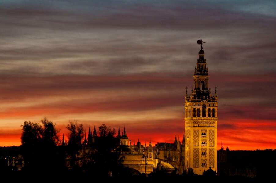 Séville au coucher du soleil