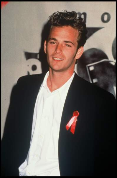 Luke Perry lors d'une soirée contre le SIDA en 1992