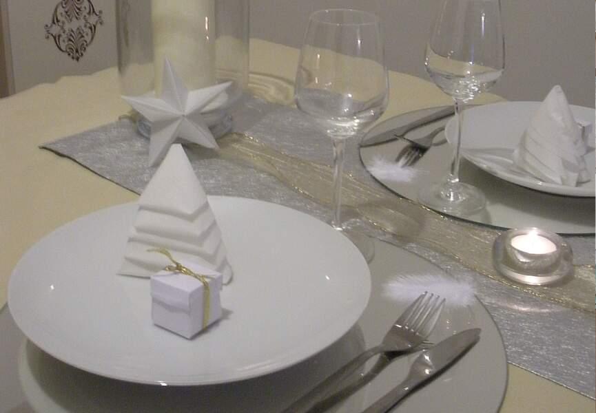 16e Prix : Noël en gris et blanc