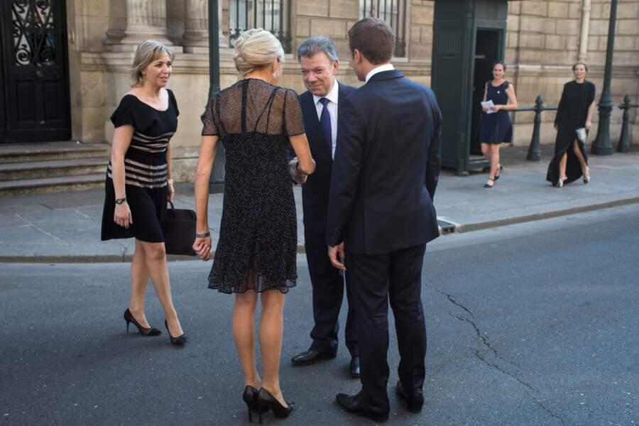 Brigitte Macron : un décolleté pour tous les goûts