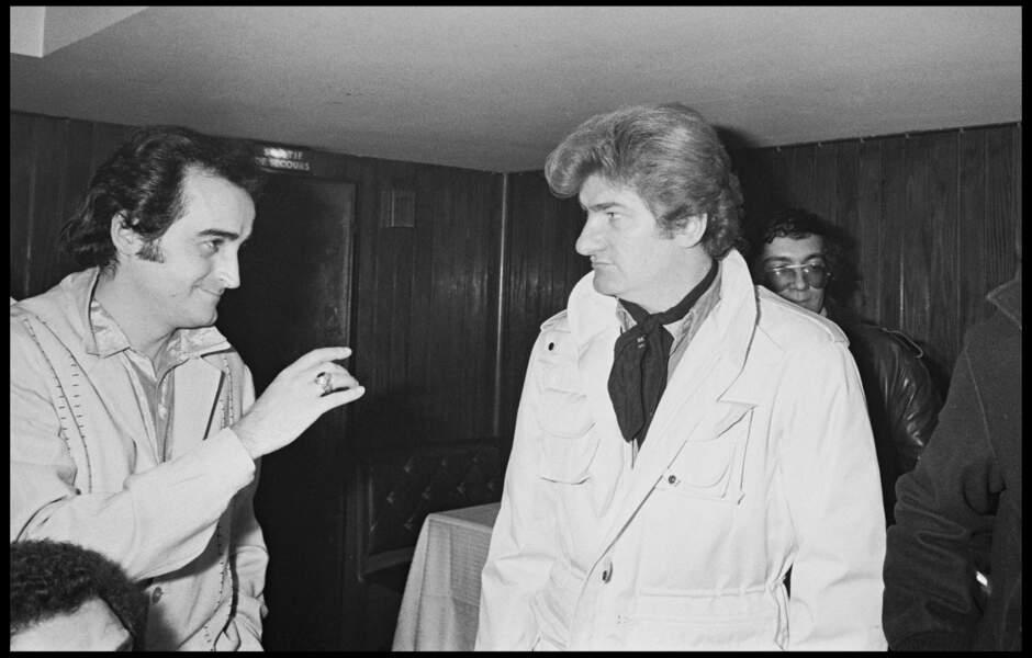 Dick Rivers et Eddy Mitchell lors d'une soirée au Golf Drouot à Paris le 5 novembre 1961.