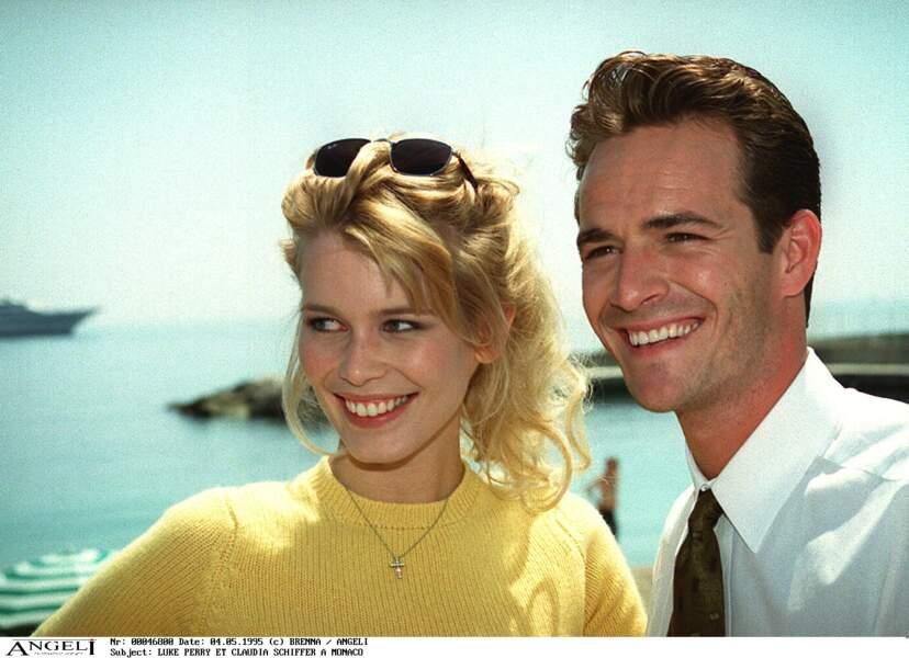 Luke Perry et Claudia Schiffer, la veille de la cérémonie des World Music Awards à Monte-Carlo en 1995