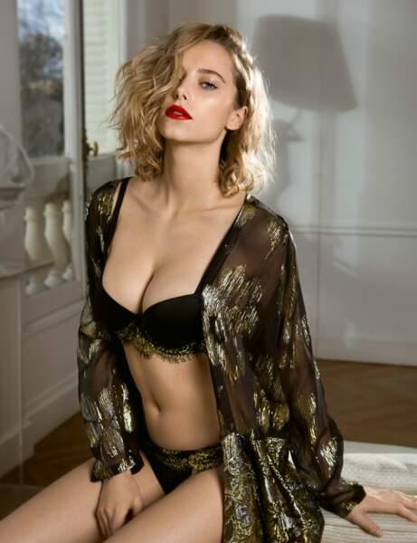 Belle lingerie : élégance en or