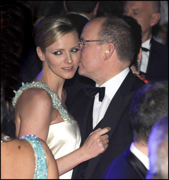 Le prince Albert II de Monaco et Charlène Wittstock au Bal de la rose en 2010.