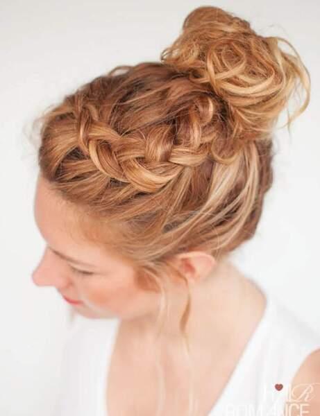 15 Coiffures D Ete Pour Cheveux Boucles Femme Actuelle