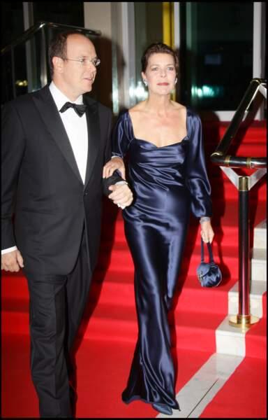 Le prince Albert de Monaco et sa soeur Caroline lors d'une soirée  de gala en 2007.