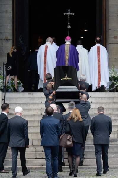 Obsèques de Mireille Darc