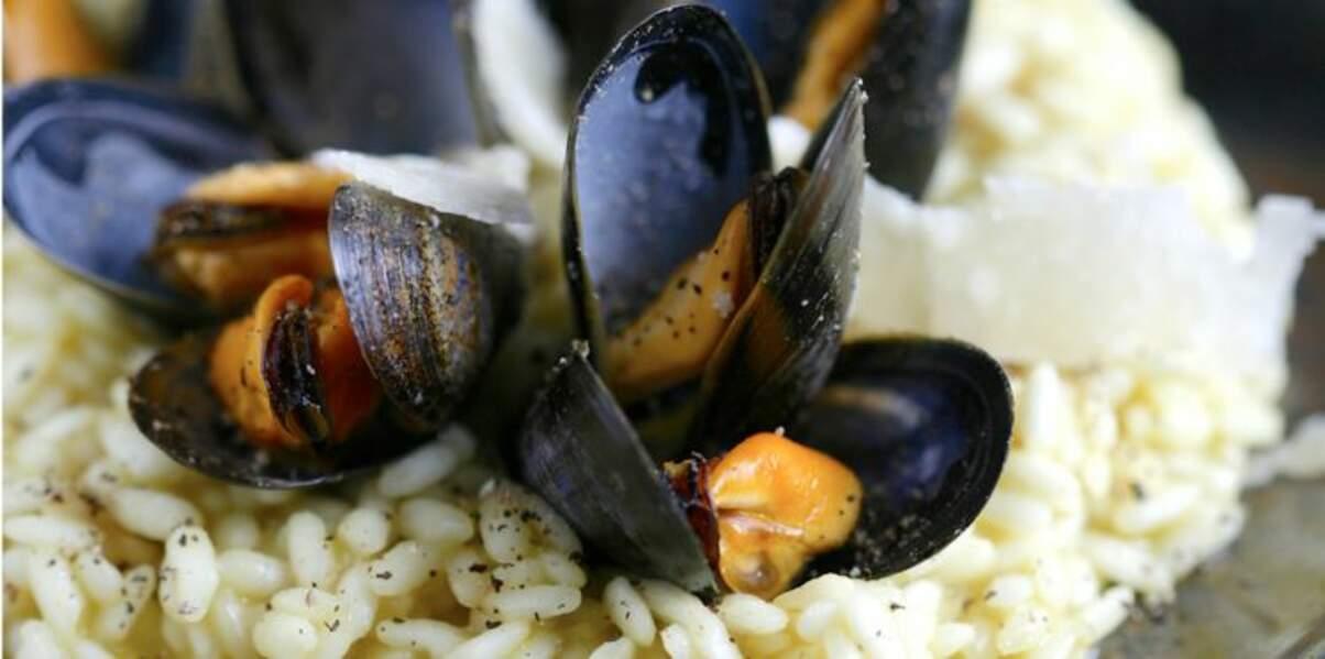 Risotto de moules de bouchot de la Baie du Mont-Saint-Michel au bouillon de crustacés safrané