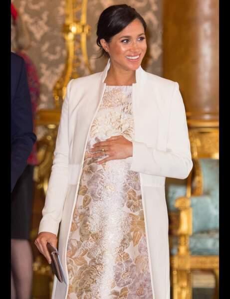Robe vaporeuse et robe brocart : duel mode au sommet entre Kate Middleton et Meghan Markle