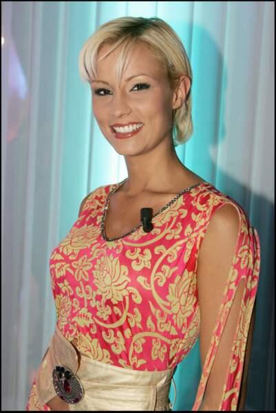 """Elodie Gossuin à l'enregistrement de l'émission """"La télé de Sébastien"""" le 10 novembre 2005."""