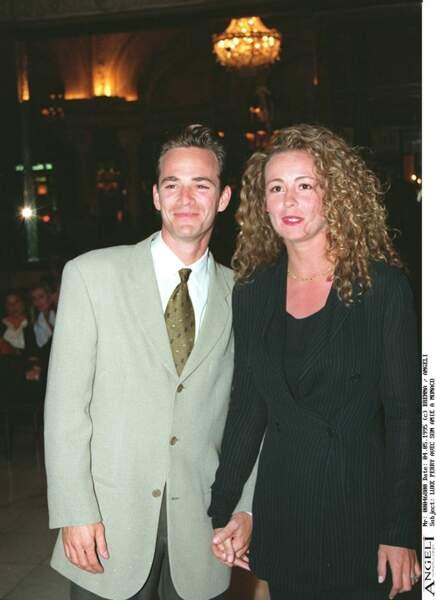 Luke Perry et son amie la veille de la cérémonie des World Music Awards à Monte-Carlo en 1995