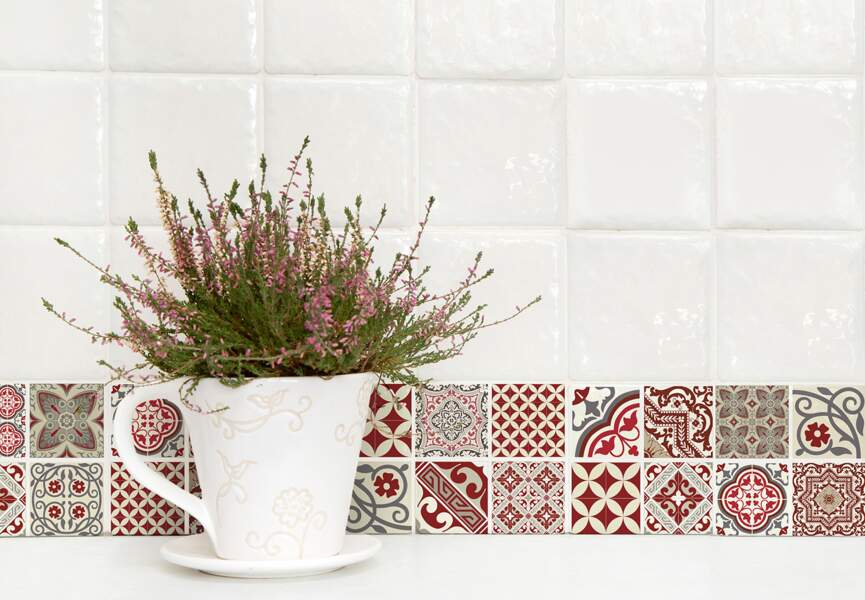 Crédences : les stickers muraux bariolés Beija Flor
