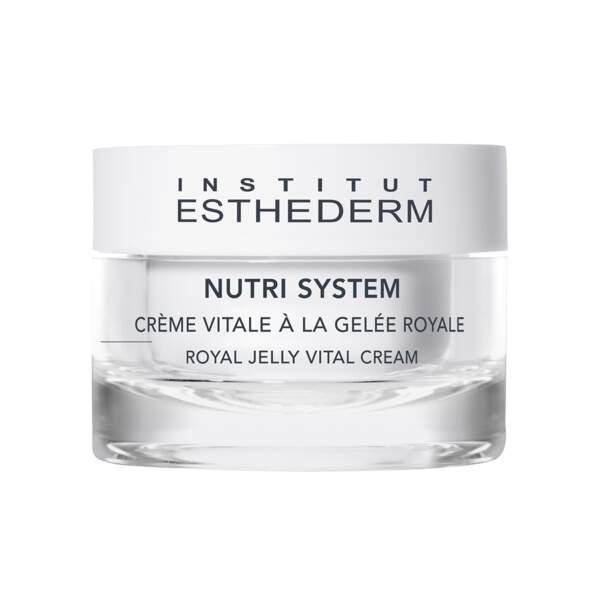 Crème Vitale à la Gelée Royale Nutri System, Institut Esthederm, pot 50 ml, prix indicatif : 66 €