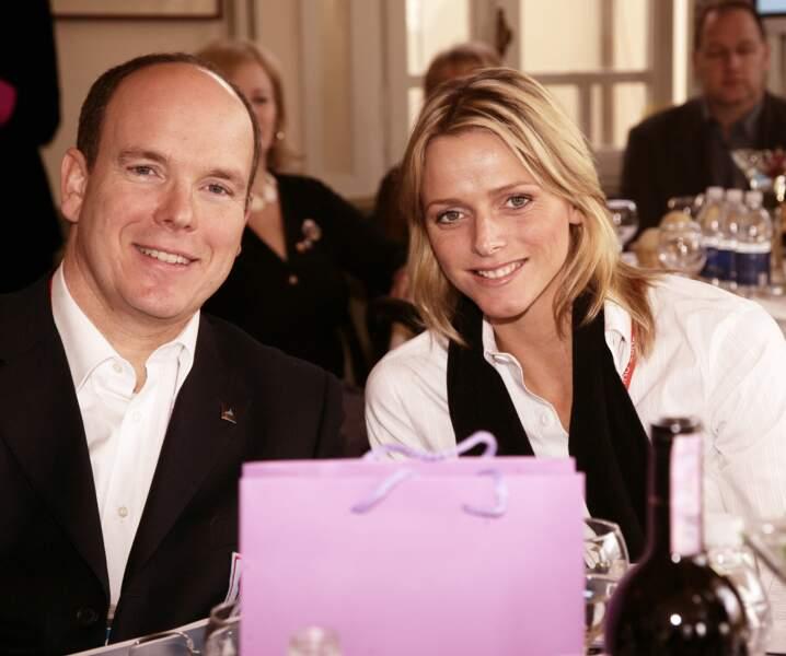 Le prince Albert II de Monaco et Charlène Wittstock le 11 février 2006.