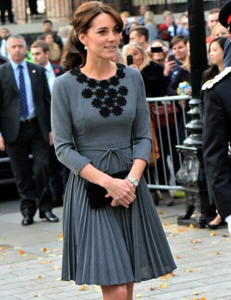 Kate Middleton : la robe plissée Orla Kiely