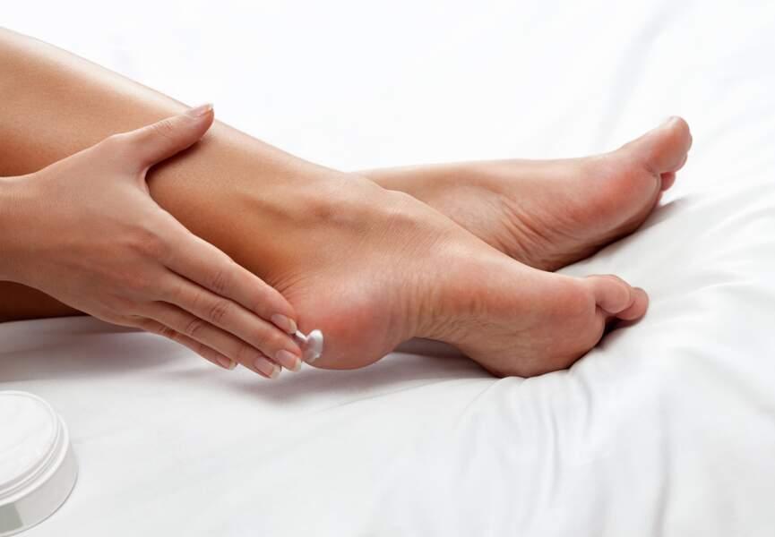 Jolis pieds : hydratez et soignez au quotidien