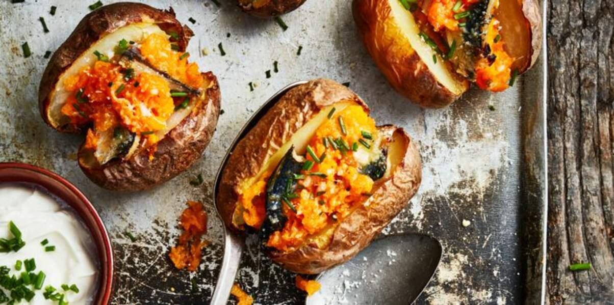 Pommes de terre en robe des champs, sardines et butternut