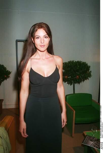 Les robes les plus sexy de Monica Bellucci : juin 1997