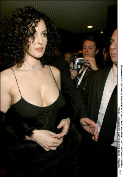 Les robes les plus sexy de Monica Bellucci : mars 2004