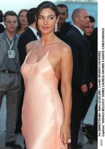 Les robes les plus sexy de Monica Bellucci : mai 2001