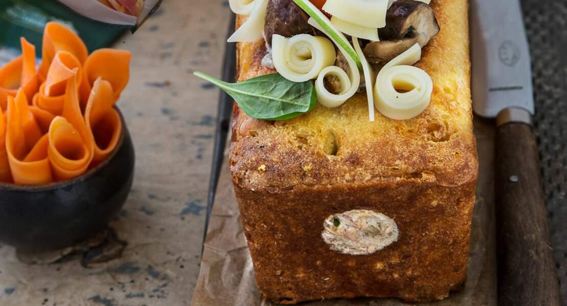 Cake au Comté AOP râpé Entremont et cœur de saumon citronné