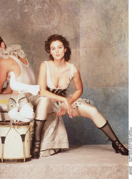 Les robes les plus sexy de Monica Bellucci : octobre 1997