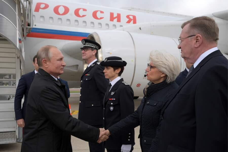 ...  le président russe Vladimir Poutine arrivant à Paris pour rendre un dernier hommage à son ami Jacques Chirac..