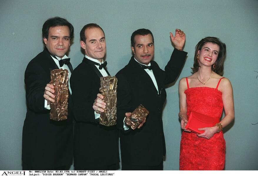 """Les Inconnus reçoivent le César du meilleur premier film pour """"Les trois frères"""" en 1996."""