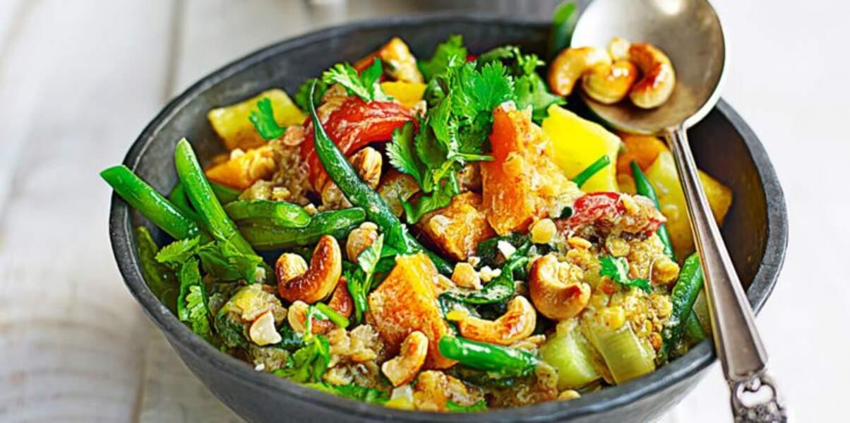 Curry thaï aux légumes verts et lait de coco