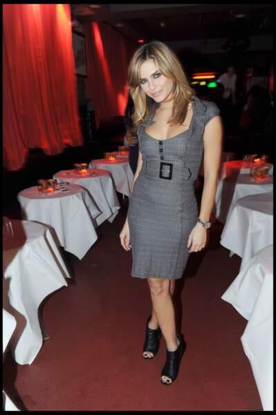 Clara Morgane : retour sur ses looks les plus sexy (attention les yeux) !