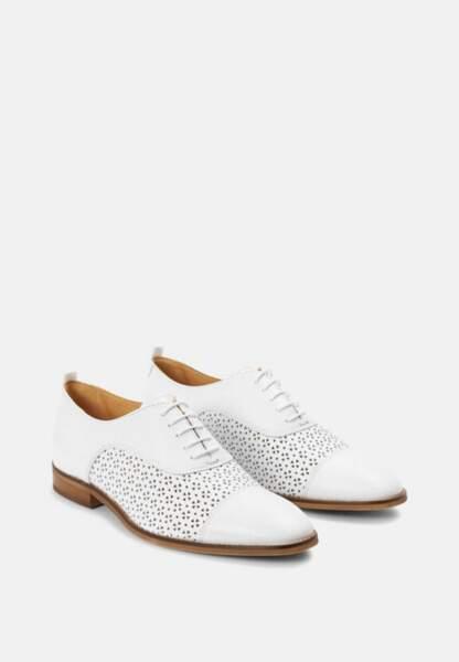 Tendance chaussures plates : richelieu blanches