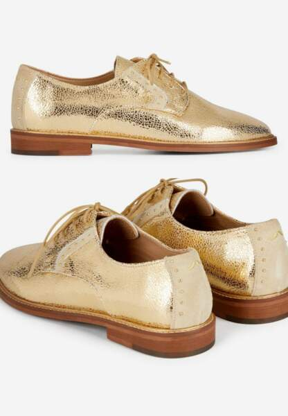 Tendance chaussures plates : derbies dorées en cuir