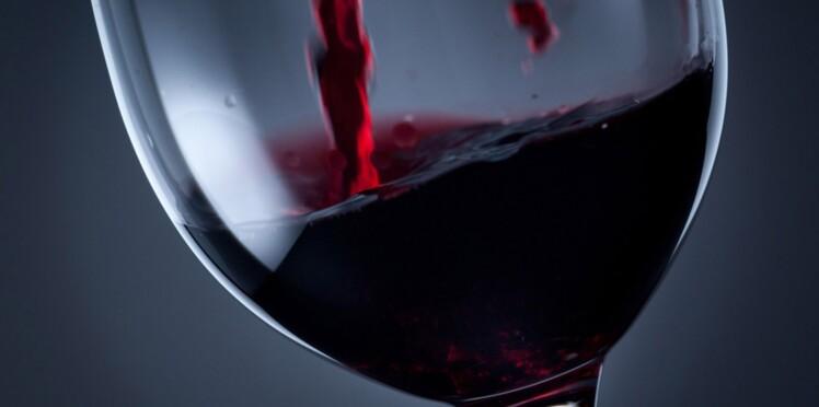 Servir le vin, comme un pro