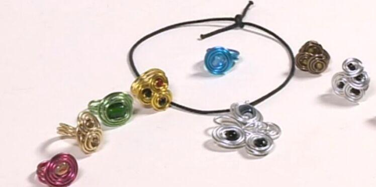 Je crée un bijou en fil métallique