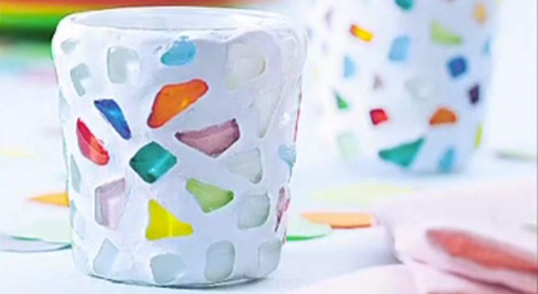 Vidéo : Réaliser une mosaïque en galets de verre