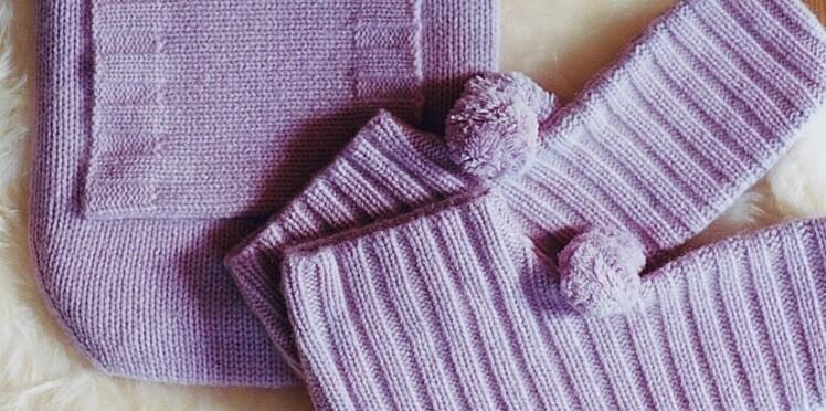 Je réalise des pompons en laine