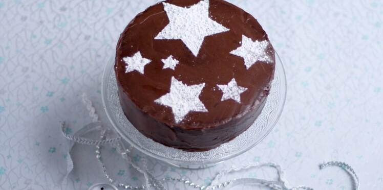 Je Crée Des Pochoirs Pour Mes Gâteaux Femme Actuelle Le Mag