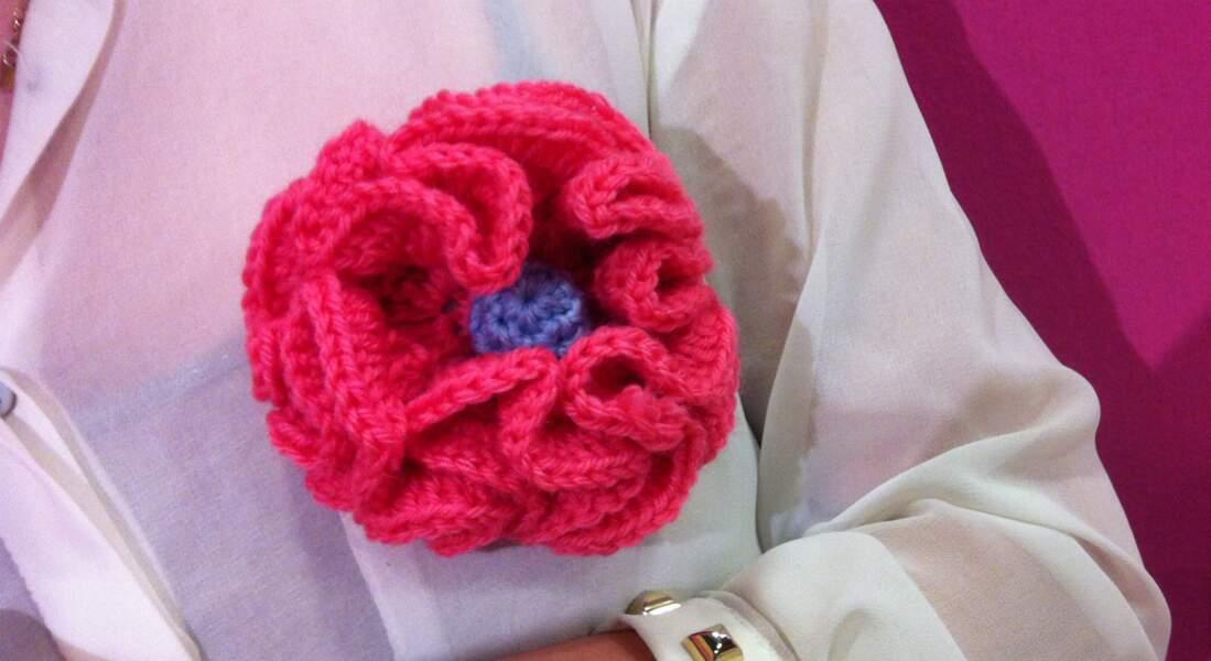 Une broche en fleur à réaliser au crochet