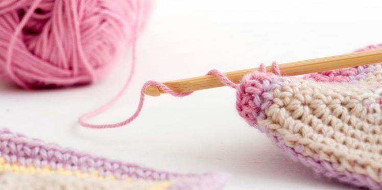 Crochet : la maille serrée en vidéo
