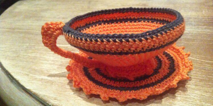 Tendance : une tasse à thé au crochet