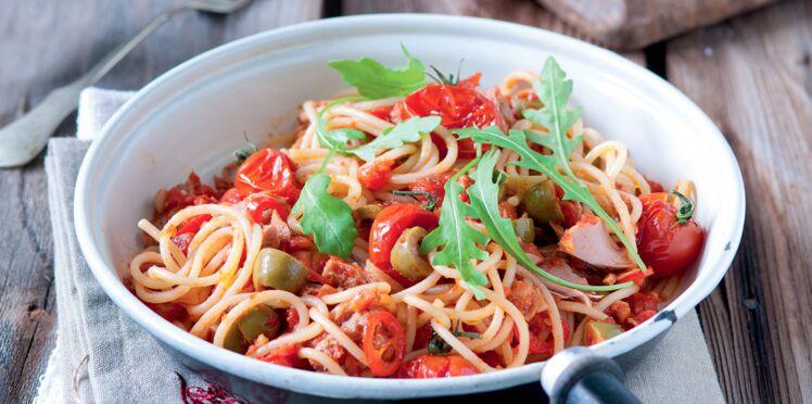 Spaghettis au thon et tomates cerises
