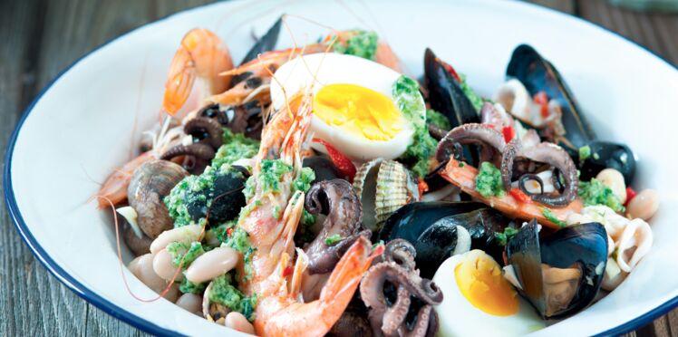 Salade tiède de fruits de mer et cocos au pistou