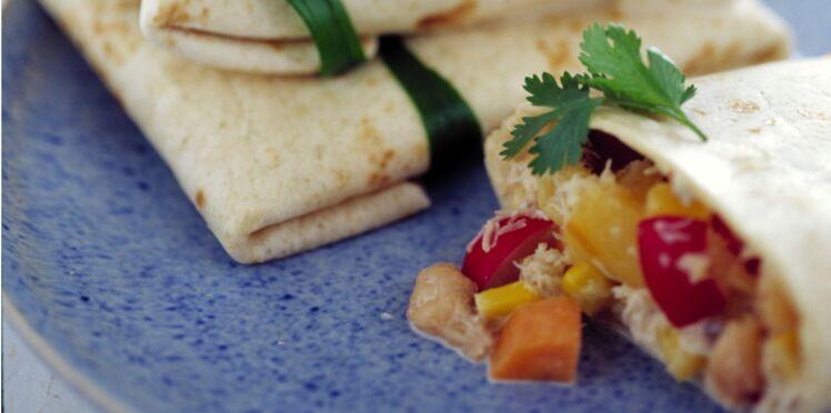 Tortilla au thon, noix de cajou et poivrons