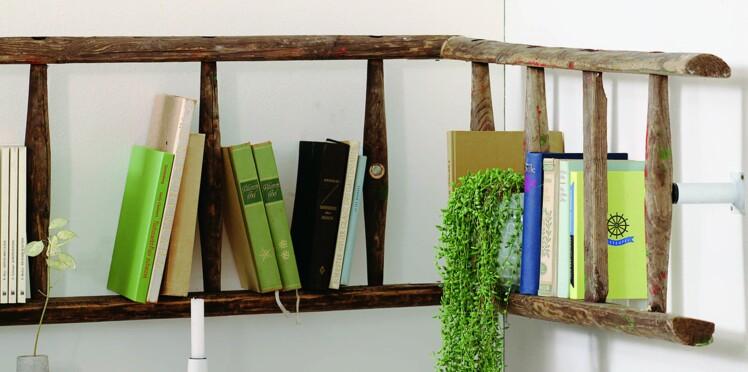 Upcycling : transformer une échelle en bois en bibliothèque