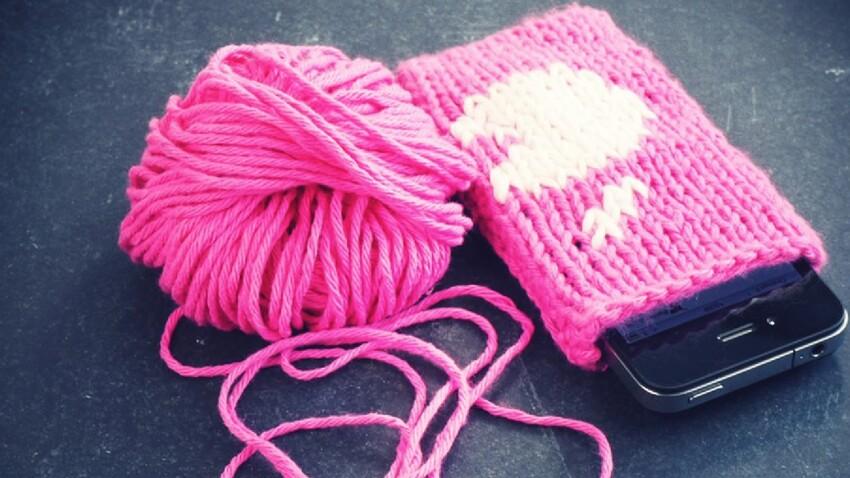 Je tricote une housse d'Iphone