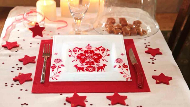 De la vaisselle de Noël : des assiettes en serviettage