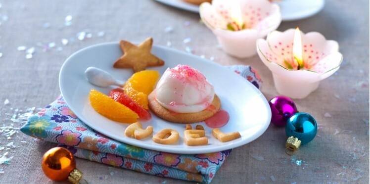 Agrumes et petits sablés de Noël, glace au jasmin
